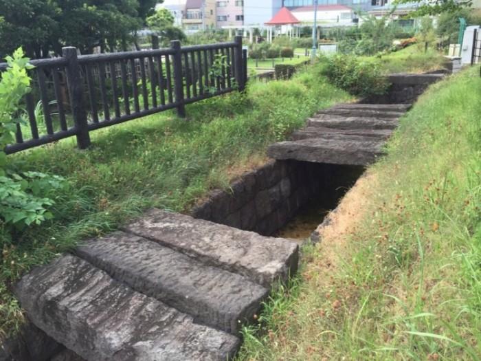 江戸時代の水道管が残る-本郷給水所公苑