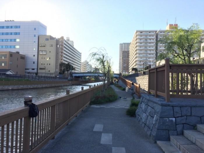 船番所跡から見た小名木川